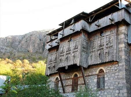 kemaliye-tarihi-evler